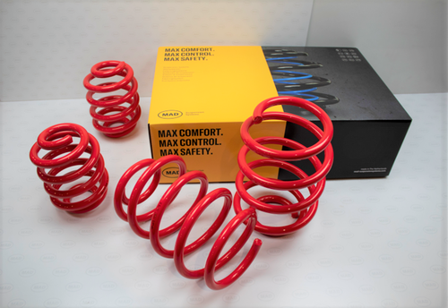 lowering springs with box MAD.png